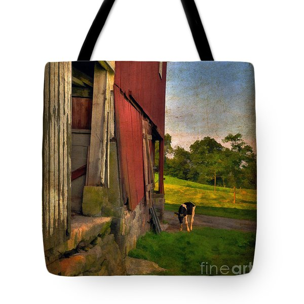 Free Range Tote Bag by Lois Bryan