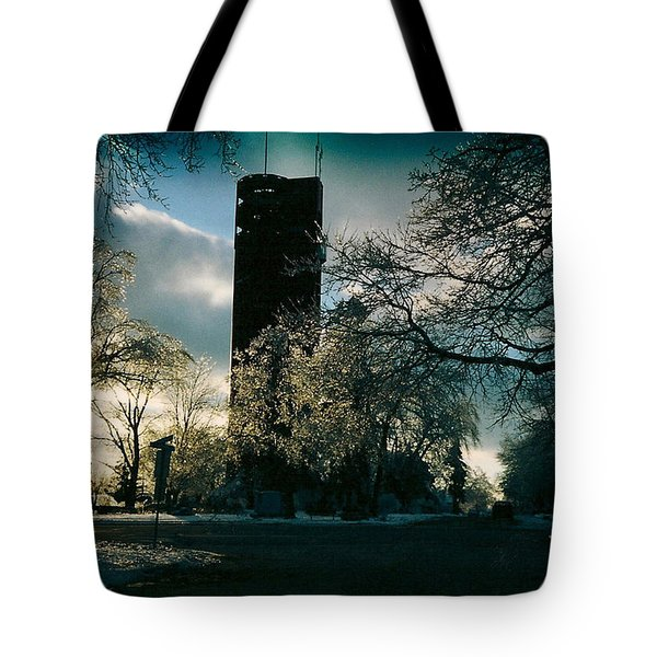 Frosty Sunrise At Tower Park Tote Bag