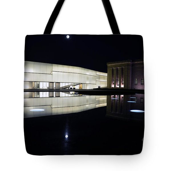Full Moon Over Nelson Atkins Museum In Kansas City Tote Bag