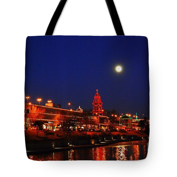 Full Moon Over Plaza Lights In Kansas City Tote Bag by Catherine Sherman