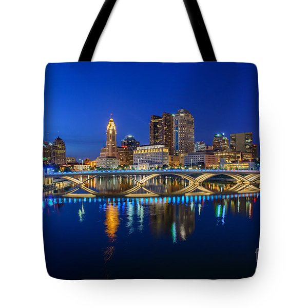 Fx2l530 Columbus Ohio Night Skyline Photo Tote Bag