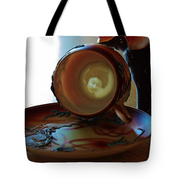 Geisha Lithophane Tote Bag