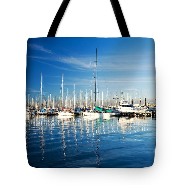 Tote Bag featuring the photograph Gem Pier Of Williamstown by Yew Kwang