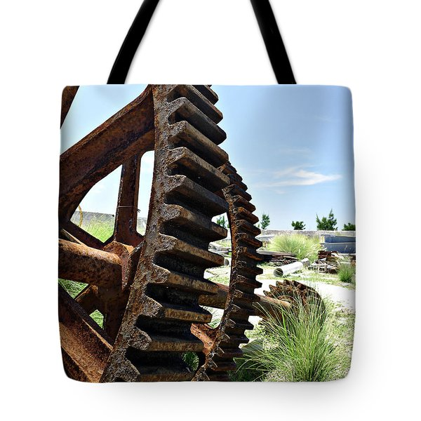 Giant Cog Tote Bag by Richard Reeve