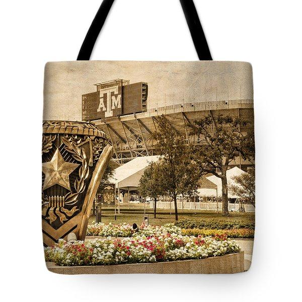 Gig'em Tote Bag by Dave Files