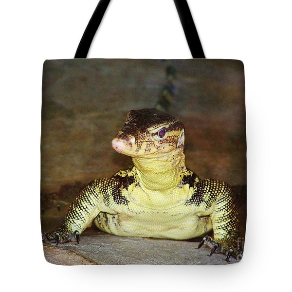Tote Bag featuring the photograph Gimme Some Lizard Love by Brigitte Emme