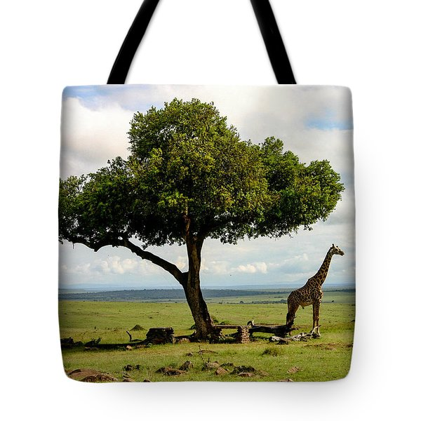 Giraffe And The Lonely Tree  Tote Bag