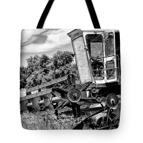 Gleaner F Combine In Black-and-white Tote Bag by Bill Kesler