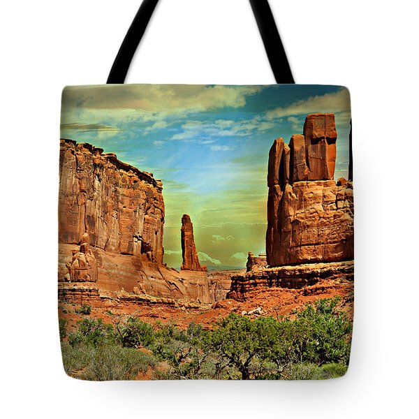 Golden Glow On Park Avenue Tote Bag by Marty Koch