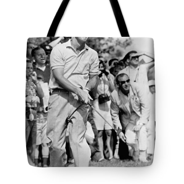 Golfer Arnold Palmer Tote Bag by Underwood Archives