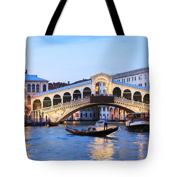 Gondola In Front Of Rialto Bridge At Dusk Venice Italy Tote Bag