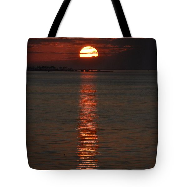 Goodnight Sun Tote Bag by Jan Amiss Photography