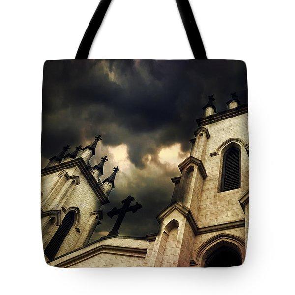 Gothic Church Haunting Church Steeple With Cross - Dark Gothic Church Black Spooky Midnight Sky Tote Bag
