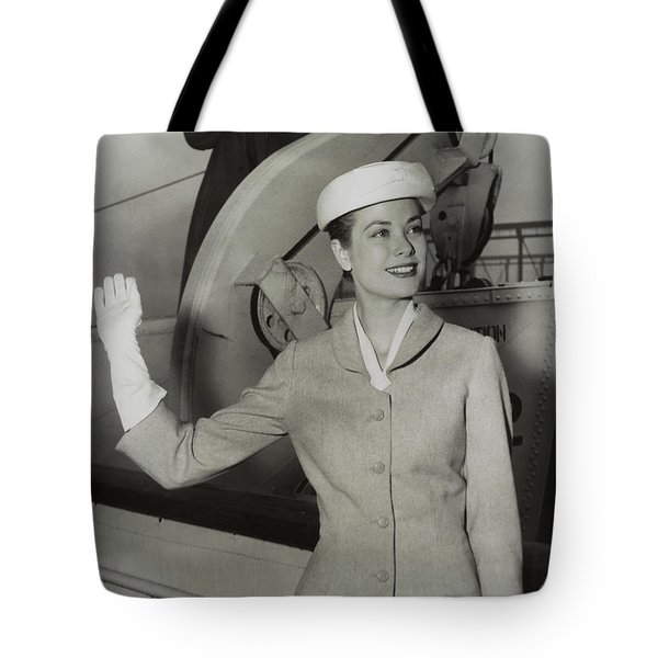 Grace Kelly In 1956 Tote Bag by Mountain Dreams