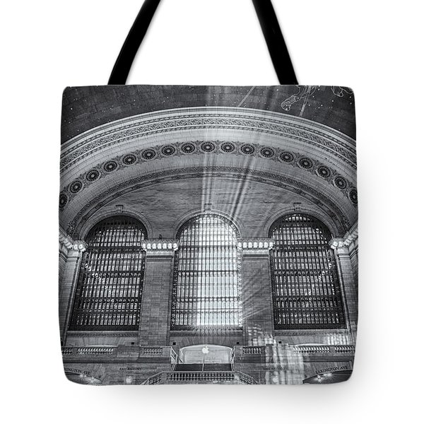 Grand Central Station Bw Tote Bag by Susan Candelario