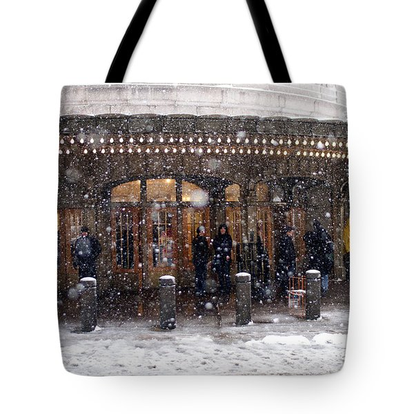 Grand Central Terminal Snow Color Tote Bag