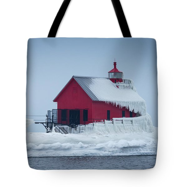 Grand Haven Lighthouse Encased In Ice Tote Bag