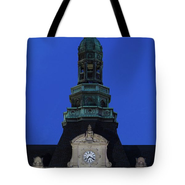 Grand Island Courthouse At Dusk, Grand Tote Bag