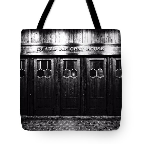 Grand Ole Opry House Tote Bag by Dan Sproul