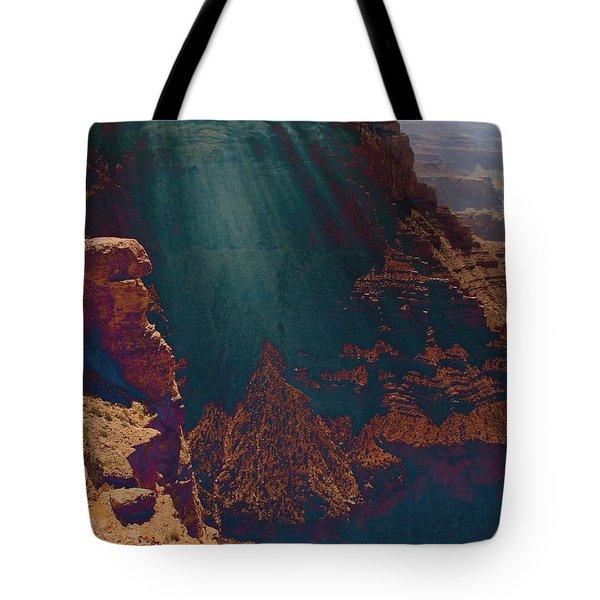 Grandistortion Tote Bag
