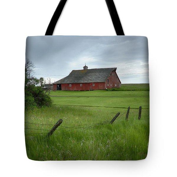 Grangeville Barn Tote Bag