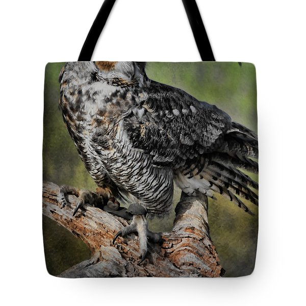 Great Horned Owl On Branch Tote Bag