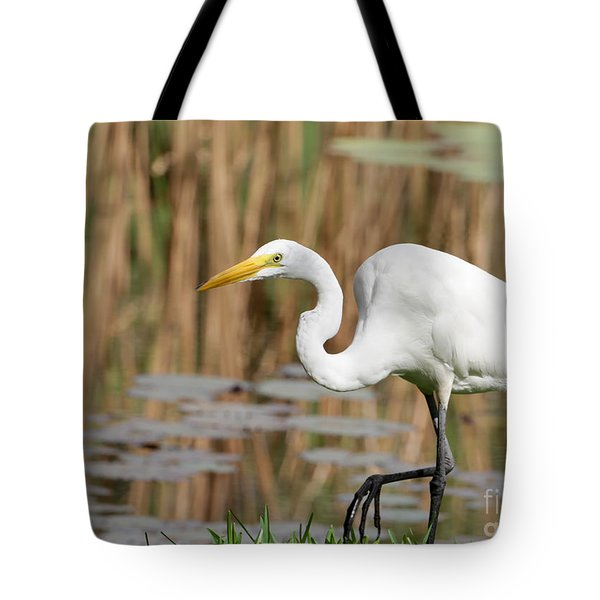 Great White Egret By The River Tote Bag