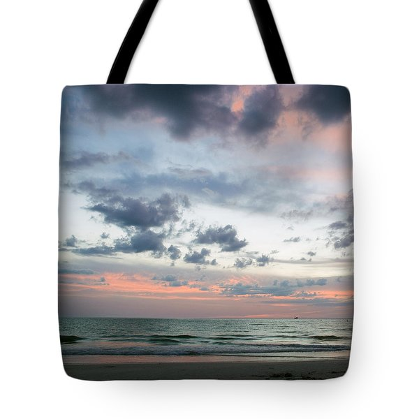Gulf Of Mexico Sunset Tote Bag