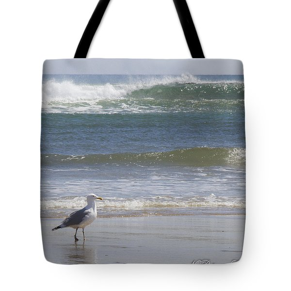Gull With Parallel Waves Tote Bag