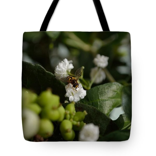 Gypsophilia Hover Fly Tote Bag