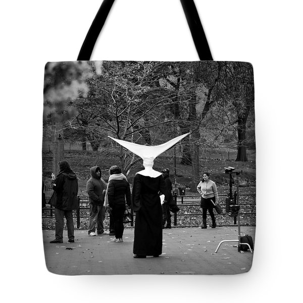 Tote Bag featuring the photograph Habit In Central Park by Lorraine Devon Wilke