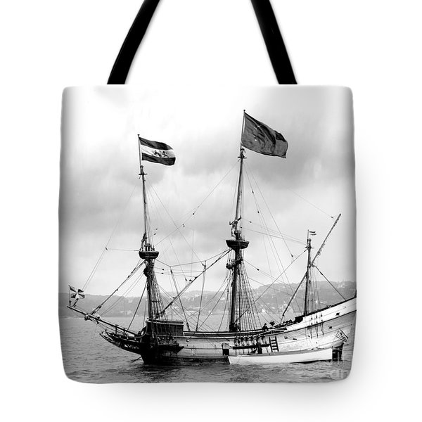 Half Moon Re-entered Hudson River After An Absence Of 300 Years In Black And White Tote Bag