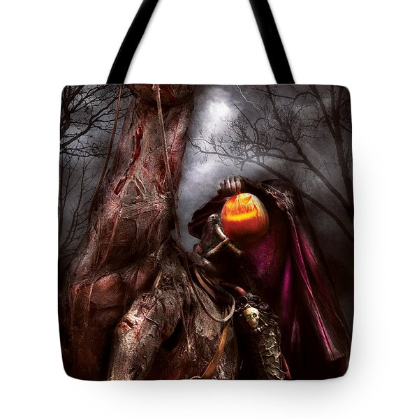 Halloween - The Headless Horseman Tote Bag