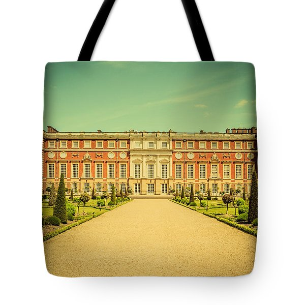 Hampton Court Palace Gardens As Seen From The Knot Garden Tote Bag
