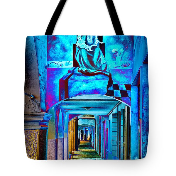 Heavenly Blues Tote Bag by William Beuther