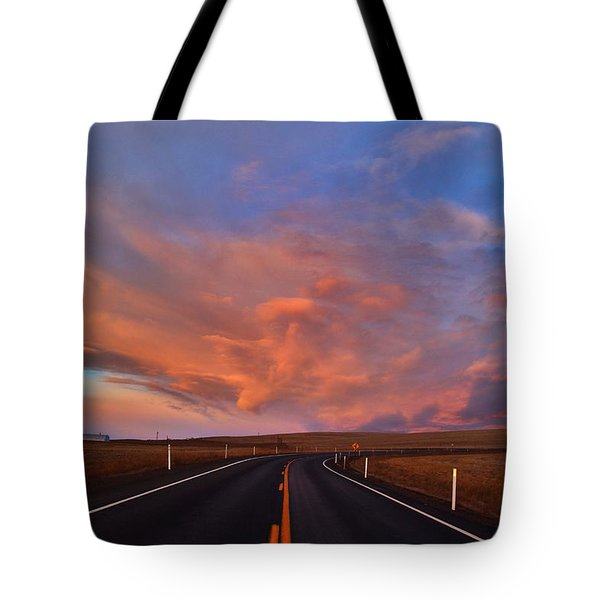 Tote Bag featuring the photograph Heavenly Clouds by Lynn Hopwood