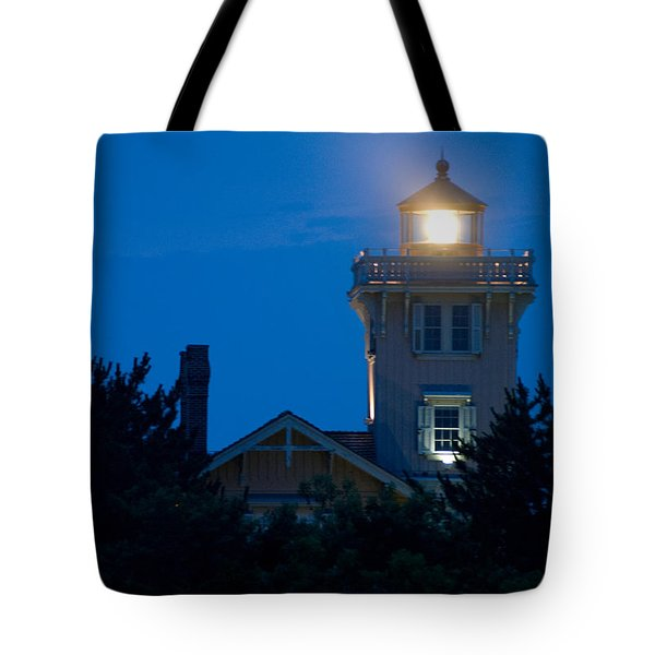 Hereford Inlet Lighthouse At Dusk Tote Bag