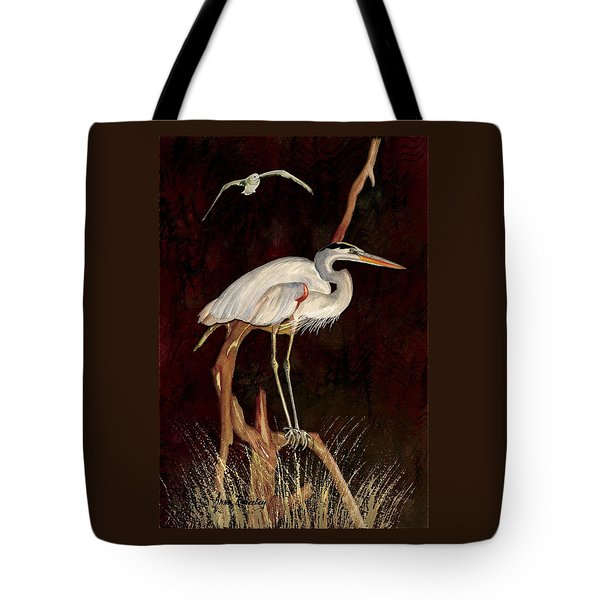 Heron In Tree Tote Bag