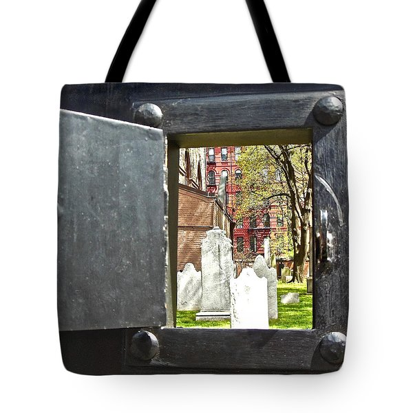 Tote Bag featuring the photograph Hidden New York by Joan Reese