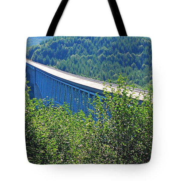 Hoffstadt Creek Bridge To Mount St. Helens Tote Bag