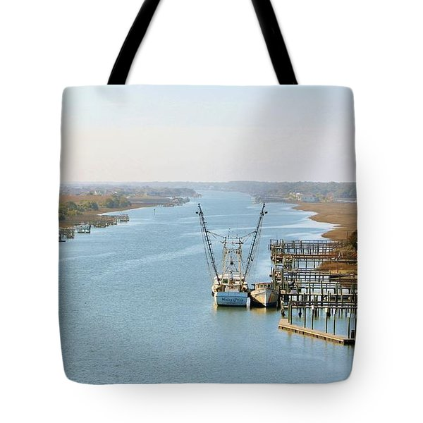 Holden Beach In Nc Tote Bag by Cynthia Guinn
