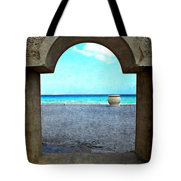 Hollywood Beach Arch Tote Bag