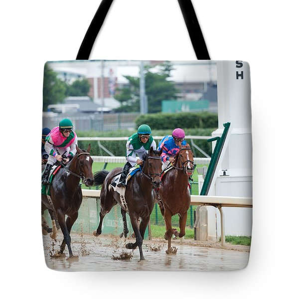 Horse Races At Churchill Downs Tote Bag