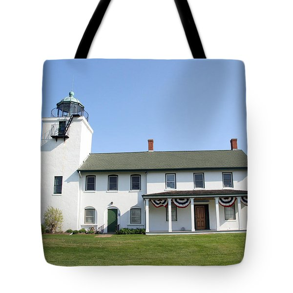 Tote Bag featuring the photograph Horton's Point  by Karen Silvestri