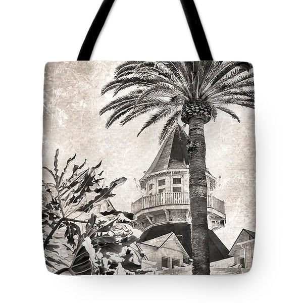 Tote Bag featuring the photograph Hotel Del Coronado by Peggy Hughes