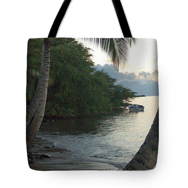 Hotel Molokai Beach Tote Bag