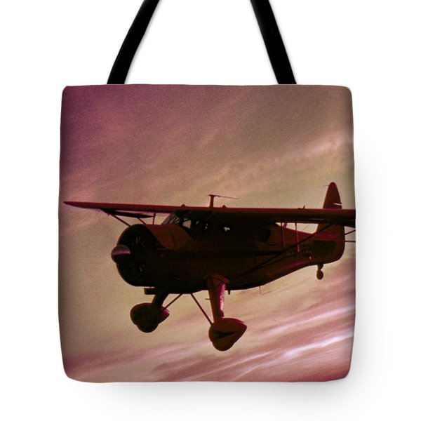 Tote Bag featuring the photograph Howard Dga by Greg Reed