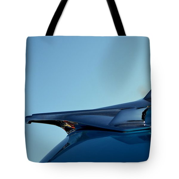 Tote Bag featuring the photograph Hr-10 by Dean Ferreira