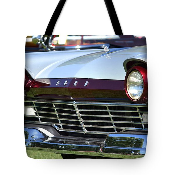 Tote Bag featuring the photograph Hr-11 by Dean Ferreira