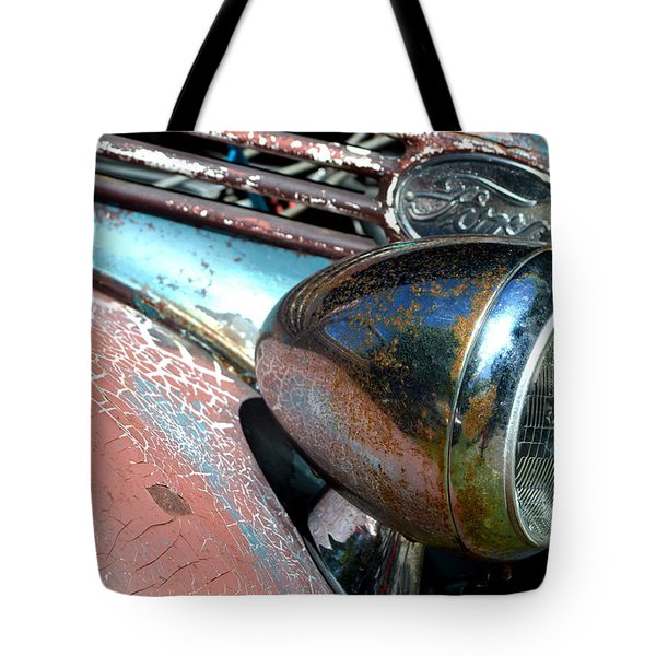 Tote Bag featuring the photograph Hr-32 by Dean Ferreira